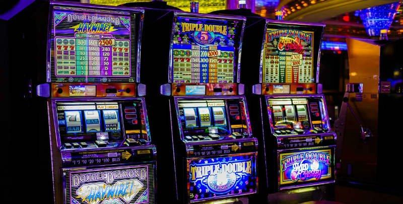 sällskapsspel med spelautomater